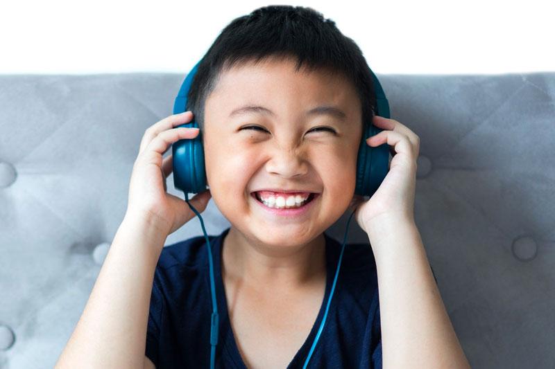 Lyttende barn